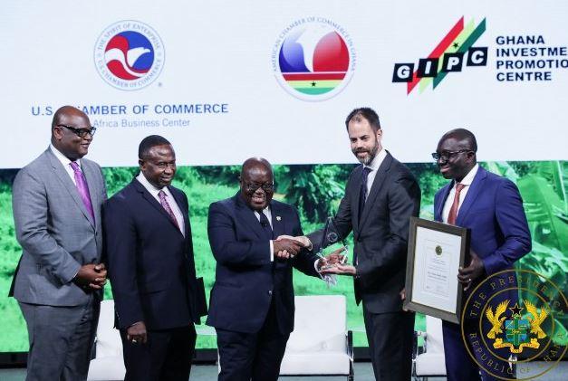 Akufo-Addo receives 2018 Outstanding Leader's award Airnewsonline