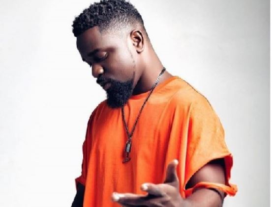 Glo Mega Music Show Sarkodie shuts down Fantasy Dome as he performs his song with Shatta Wale | Airnewsonline