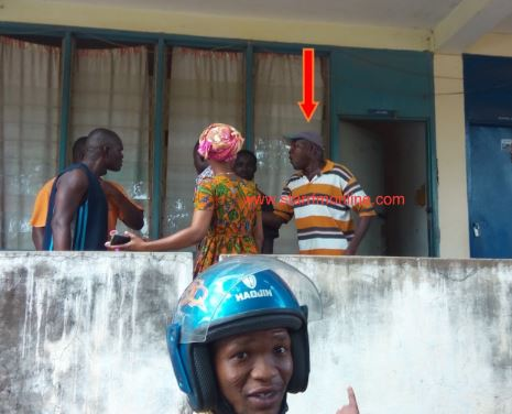 Hot Video GES storekeeper caught stealing free school uniforms