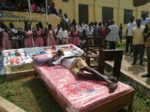 MTN donates special bed to the tallest student in SWESBUS