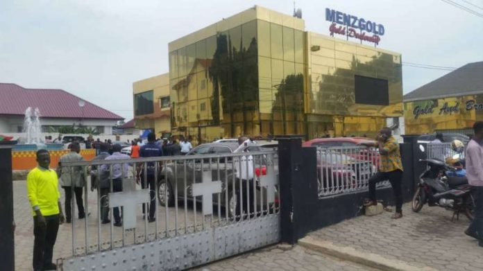 MenzGold asks staff to proceed on leave