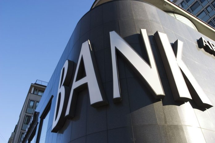 Over 70% of bank workers want to quit their jobs