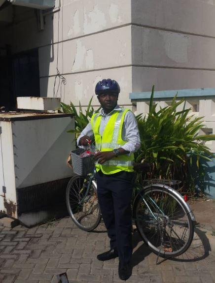 Ras Mubarak storms Parliament on a bicycle