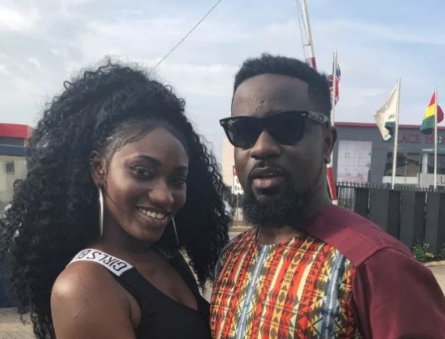 Sarkodie calls on Ghanaians to forgive Wendy Shay