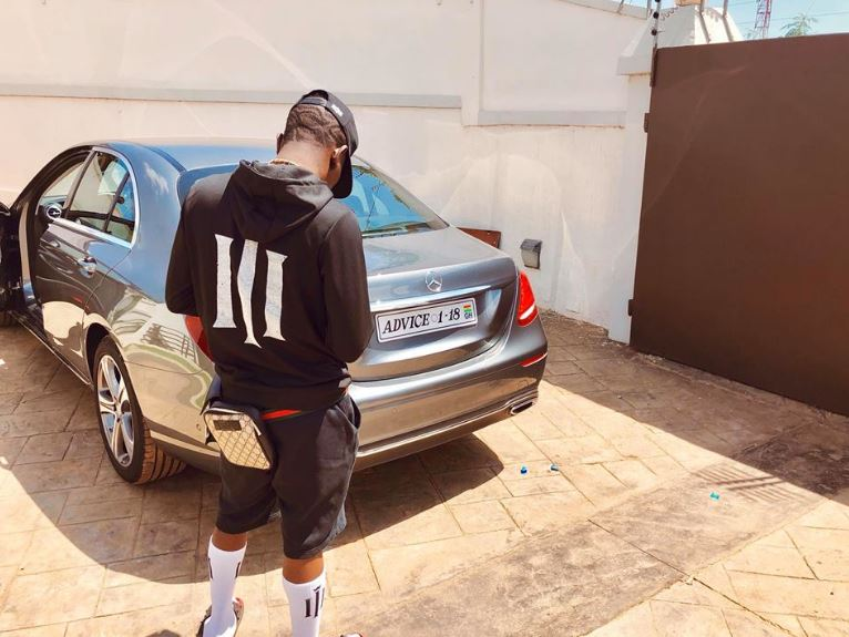 Shatta Wale registers his brand new Mercedes Benz Advice | Airnewsonline
