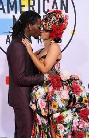 cardi B and offset kiss | Airnewsonline