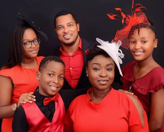 van vicker and family | Airnewsonline
